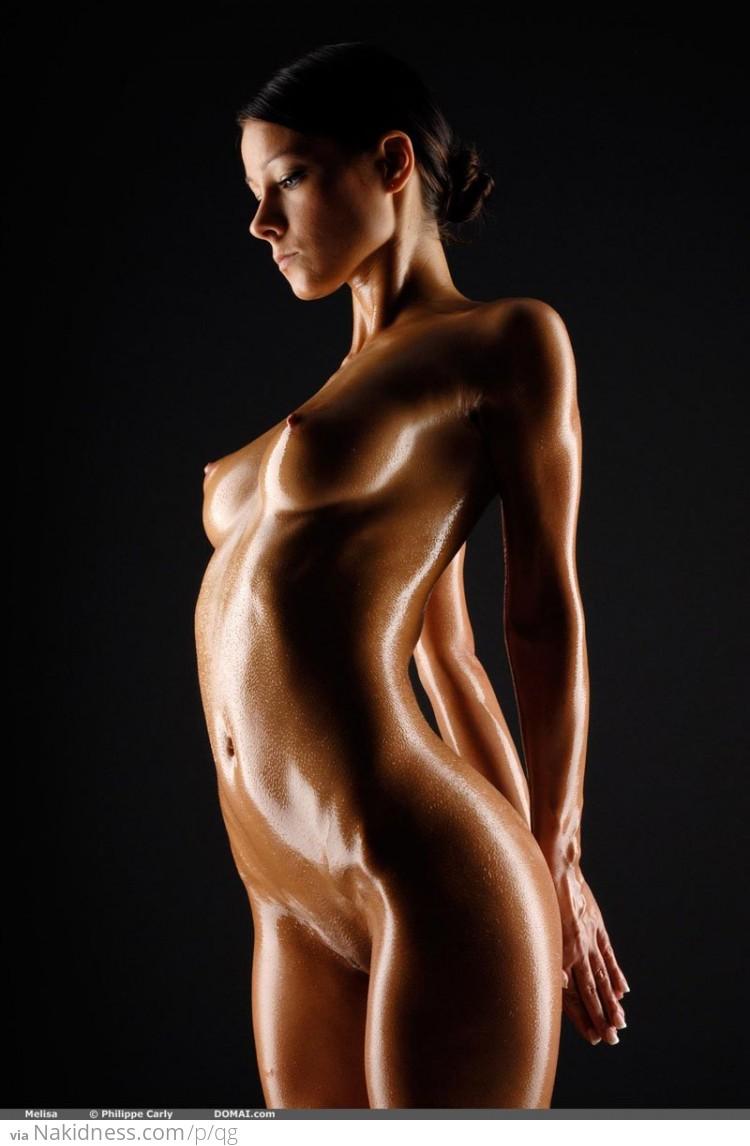 naked-girls-covered-up